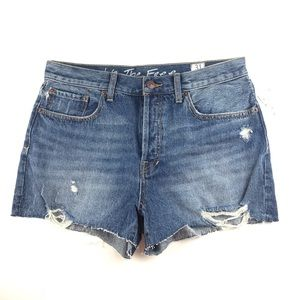 Free People Blue Jean Shorts Size 31 NWT